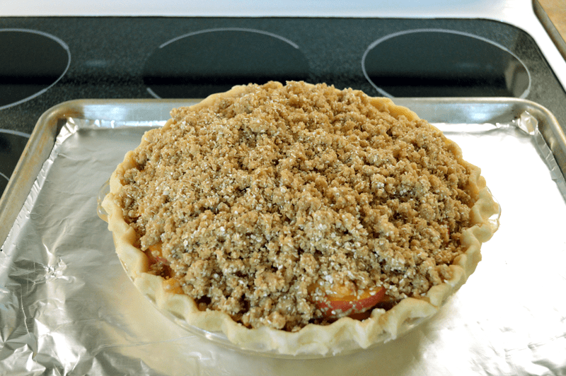 grannie geek, peach crumble pie