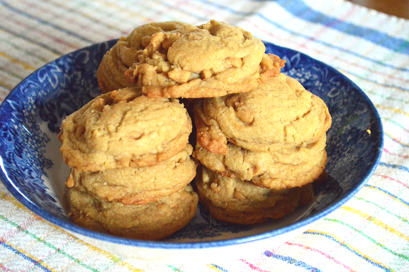 grannie geek, peanut butter chip cookies