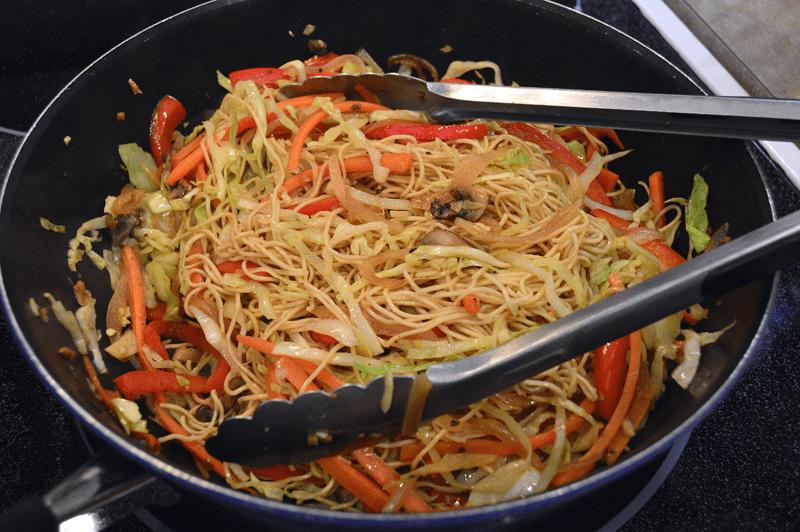 grannie geek, vegetable chow mein add noodles