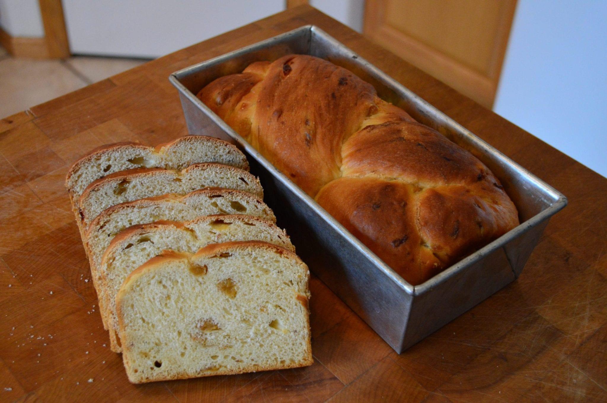 Grandma's Raisin Bread (Chalka)