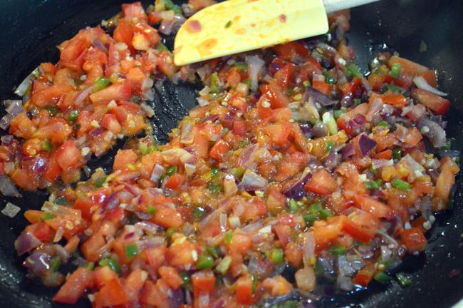 at mimis table huevos rancheros veggies and tomato