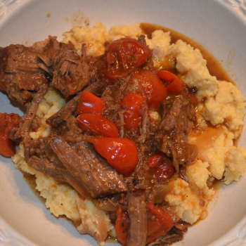 at mimi's table chuck roast with peppers and cheese grits 1