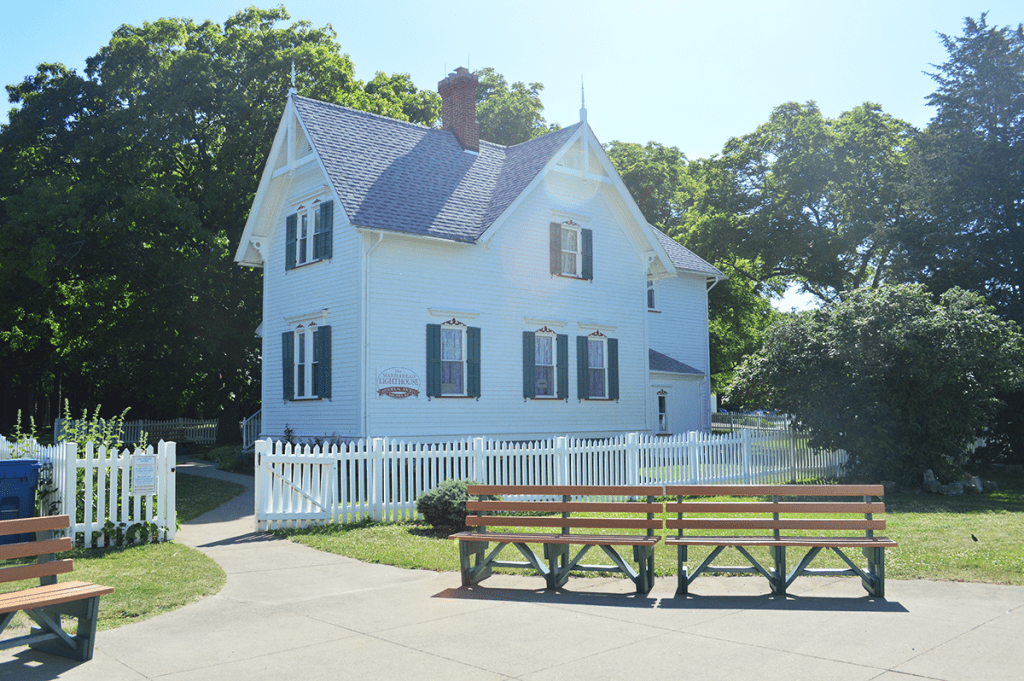 at mimi's table marblehead lighthouse keeper's house
