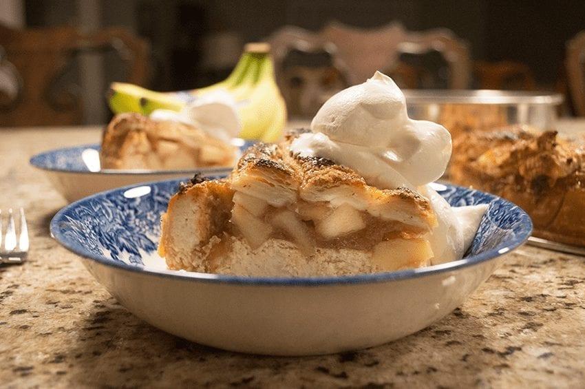 Easy Apple Pie Cheesecake