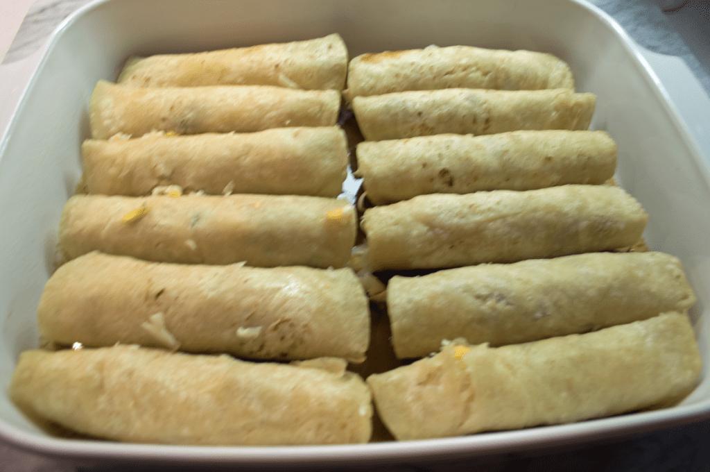 at mimi's table cheesy enchiladas in mole 4 jeff mauro