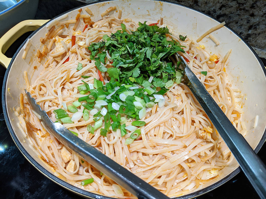 at mimi's table one pot chicken pad thai noodles with cilantro and onions